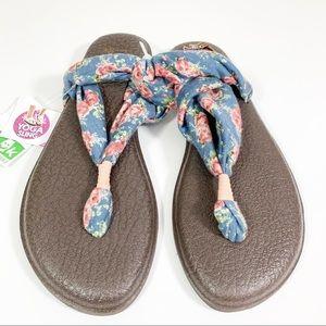 Sanuk Yoga Sling Floral Sandals Size 9